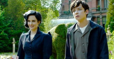 Asa Butterfield Eva Green Miss Peregrine's Home for Peculiar Children
