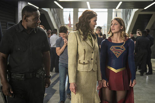 David Harewood Lynda Carter Melissa Benoist Welcome To Earth Supergirl