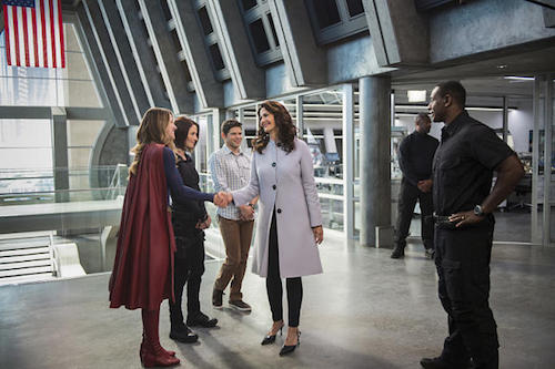 Melissa Benoist Chyler Leigh Jeremy Jordan Lynda Carter David Harewood Welcome To Earth Supergirl