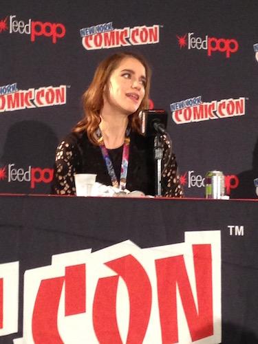 Melanie Scrofano Wynonna Earp Panel NYCC 2016