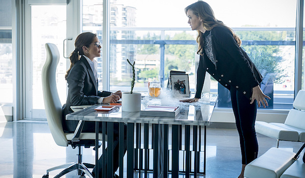 Susan Walters Danielle Panabaker Monster The Flash
