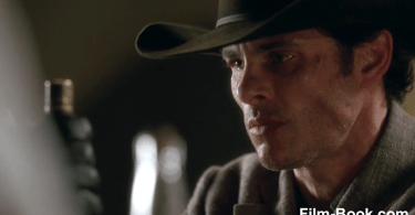 James Marsden Knife in Table Westworld Contrapasso