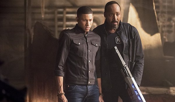 Keiynan Lonsdale Jesse L. Martin Shade The Flash
