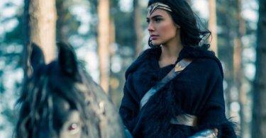 Gal Gadot Wonder Woman Still