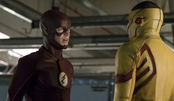 Grant Gustin Keiynan Lonsdale Borrowing Problems From The Future The Flash