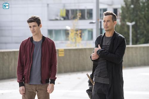 Grant Gustin Tom Cavanagh Dead or Alive The Flash