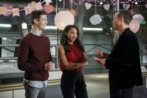 Grant Gustin Candice Patton Tom Cavanagh Attack on Central City The Flash