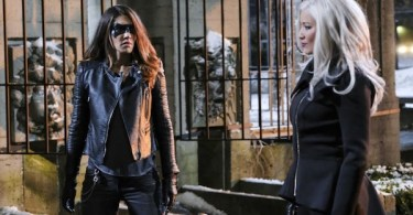 Juliana Harkavay Kelly Hu The Sin Eater Arrow