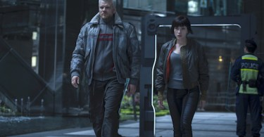 Scarlett Johansson Pilou Asbaek Ghost in the Shell