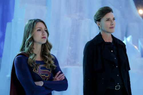 Melissa Benoist Brenda Strong Resist Supergirl