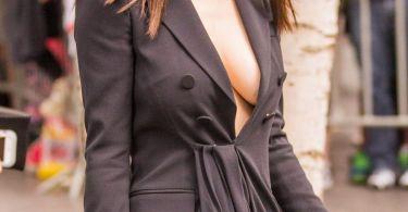 Alexandra Daddario Tits Baywatch Berlin Film Premiere