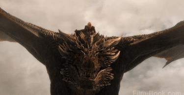 Emilia Clarke Drogon Game of Thrones The Spoils of War