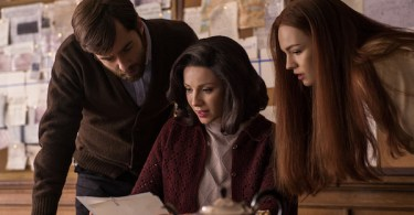 Richard Rankin Caitriona Balfe Sophie Skelton Outlander Season 3