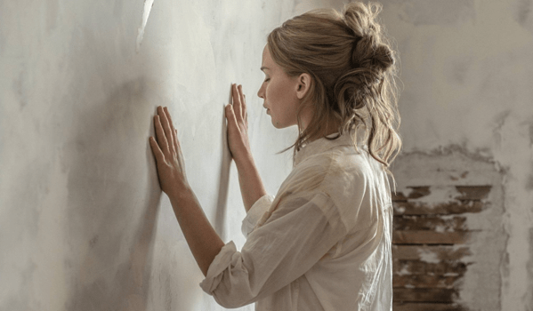 Film Review: MOTHER!: Art and Sacrifice Take on New Meaning in Aronofsky's Meta Mind-Blower  [TIFF 2017]