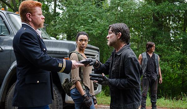 Michael Cudlitz Sonequa Martin Green Norman Reedus The Walking Dead Season 6