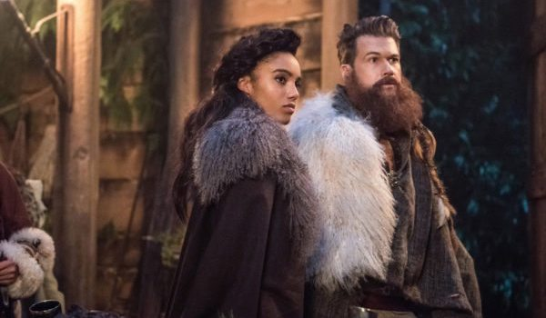 Maisie Richardson Sellers Nick Zano Legends Of Tomorrow