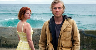 Jessie Buckley Johnny Flynn Beast