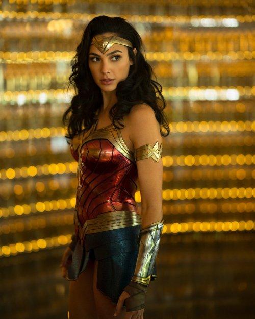 Gal Gadot Wonder Woman 1984
