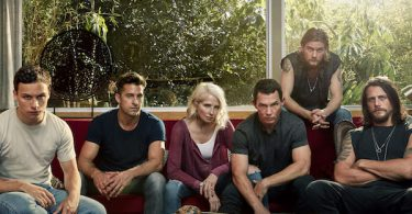 Ellen Barkin Shawn Hatosy Scott Speedman Jake Weary Ben Robson Finn Cole Animal Kingdom Pilot