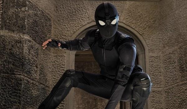 Tom Holland Jake Gyllenhaal Spider-Man Far From Home