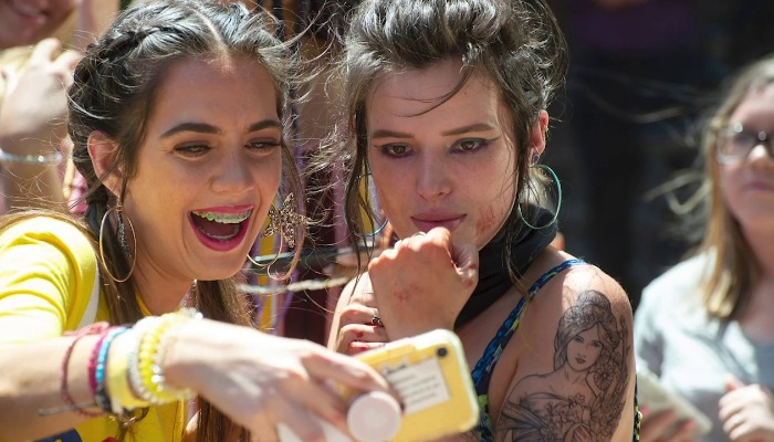 Bella Thorne Girl Fan Cell Phone Infamous