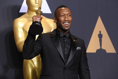 mahershala-ali-89th-annual-academy-awards--press-room