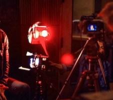 David Lynch pokazuje dziewięciocalowe gwoździe