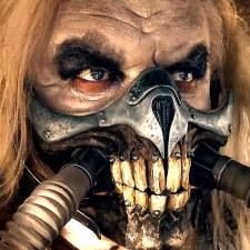"""KTO ZABIŁ ŚWIAT? Ponowne spojrzenie na """"Mad Max: Na drodze gniewu"""""""