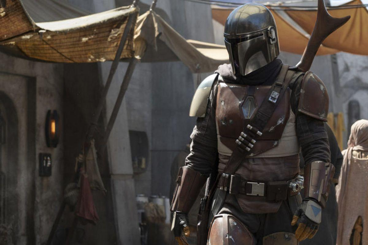 THE MANDALORIAN: Check Out The Official Logo And A Quartet Of First Look Stills From The Disney+ Series