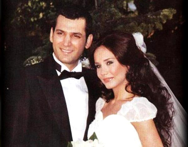 murat-yıldırım-burçin-terzioğlu-fırtına-dizisinin-setinde-tanışıp-evlendiler