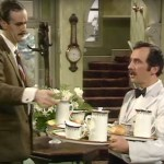 'Fawlty Towers' star Andrew Sachs dies, age 86