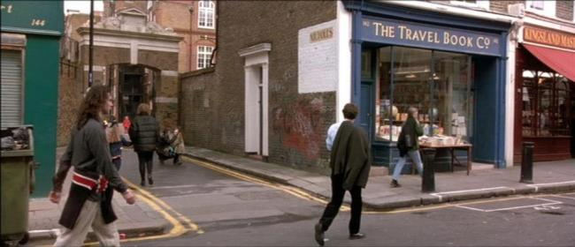 """Scene of Hugh Grant's character passing by his bookshop in """"Notting Hill"""". Photo: © Universal Pictures"""