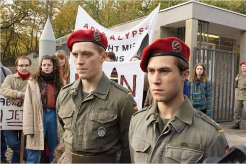 Jonas Nay and Ludwig Trepte (Generation War) in a scene from Deutschland 83 Photo: © RTL / Nik Konietzny