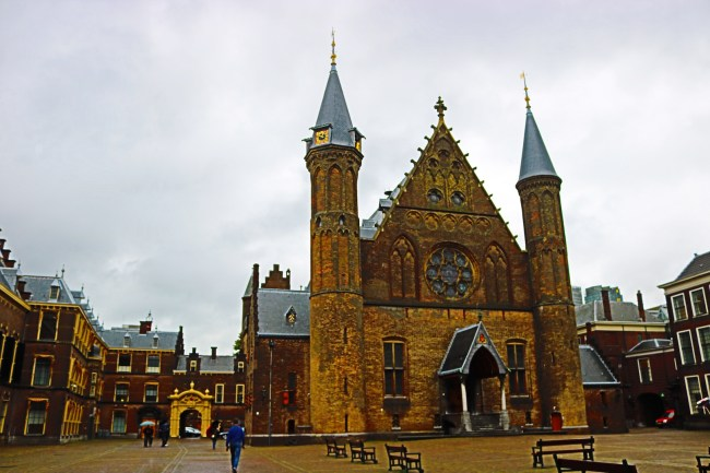 "The Binnenhof (or Inner Court) in The Hague is the seat of the Dutch Parliament and also served as a filming location for ""Ocean's Twelve""."
