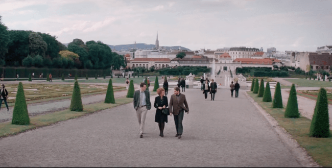 Maria Altmann (Helen Mirren), Randy Schoenberg (Ryan Reynolds) and Hubertus Czernin (Daniel Brühl) taking a stroll in the Baroque gardens of the Belvedere art galleries. Photo: The Weinstein Company