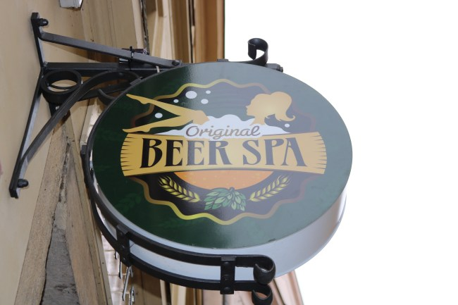 Beer Spa in Prague. © Sonja Irani / filmfantravel.com