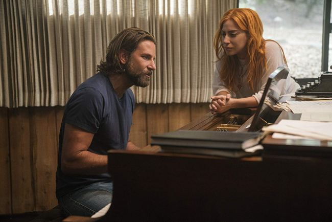 """A scene from """"A Star Is Born"""". © 2018 WARNER BROS. ENTERTAINMENT INC. AND METRO-GOLDWYN-MAYER PICTURES"""