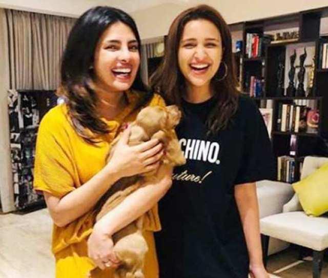 Priyanka Chopra Jonas Chills With Parineeti Chopra And Family In Mumbai