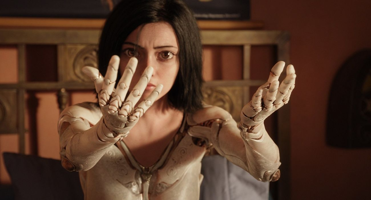 Robert Rodriguez Ve James Cameron İmzalı Alita: Battle Angel Filminden İlk Fragman!
