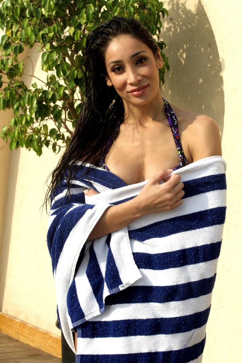 Katrina Kaif has No Talent: Sofia Hayat