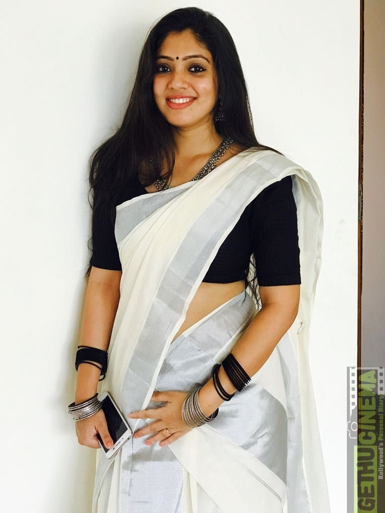 76+ Gorgeous Photos of Veena Nandakumar 45