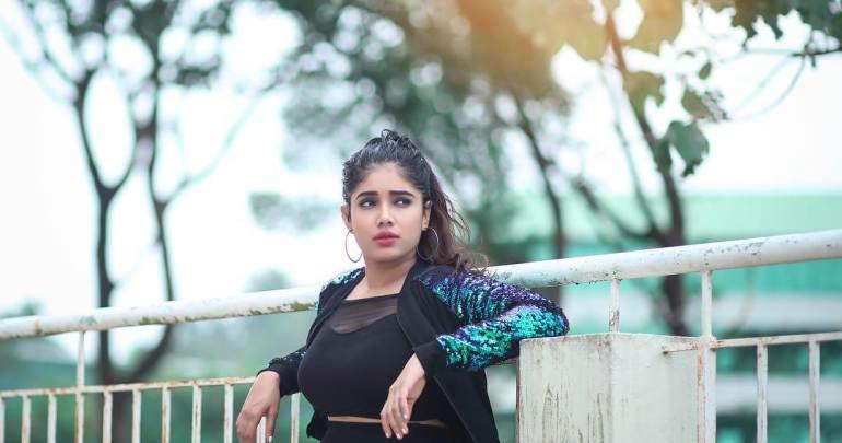 Alexandra Johnson (Big boss Malayalam) Wiki, Age, Biography, Movies, web series, and Gorgeous Photos 74