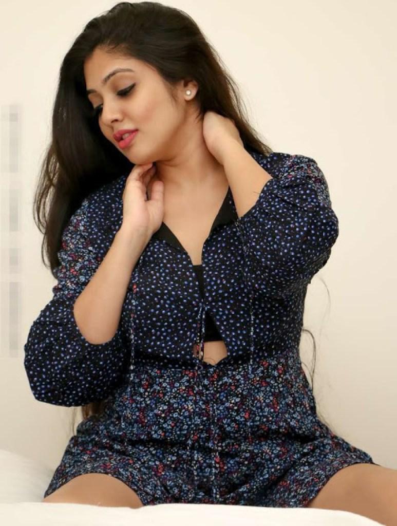76+ Gorgeous Photos of Veena Nandakumar 41