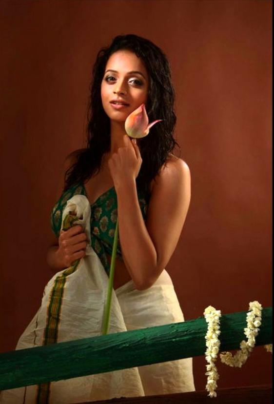 33+ Beautiful Photos of Bhavana 21