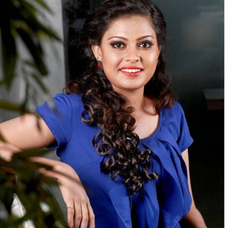 Check out this 89+ HD Photos of Anusree 89