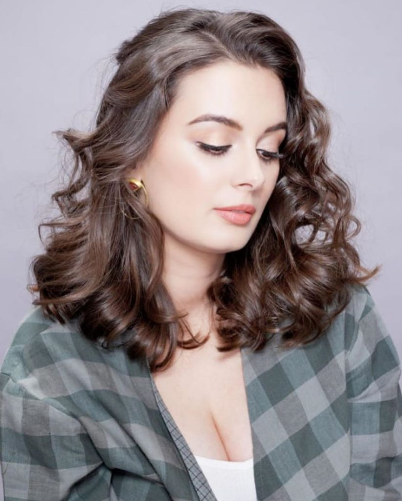 39+ Charming Photos of Evelyn Sharma 2