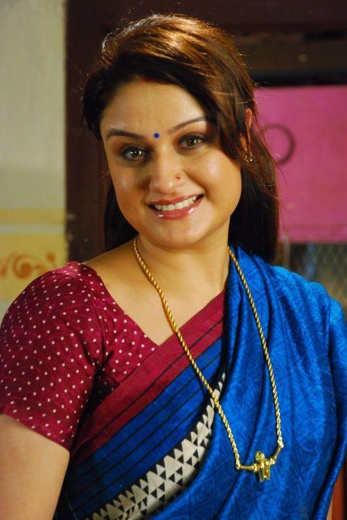27+ Beautiful Photos of Sonia Agarwal 2