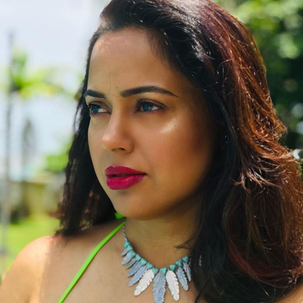 28+ Lovely Photos of Sameera Reddy 1