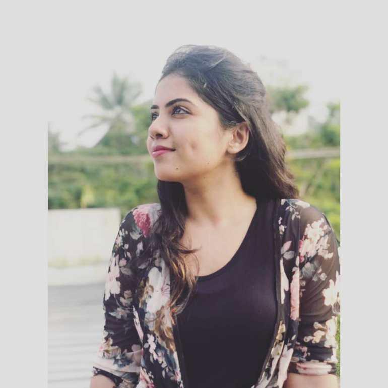 Vidhya Vijayakumar Stunning Photos, Biography, Wiki, Husband, Family, Instagram 2