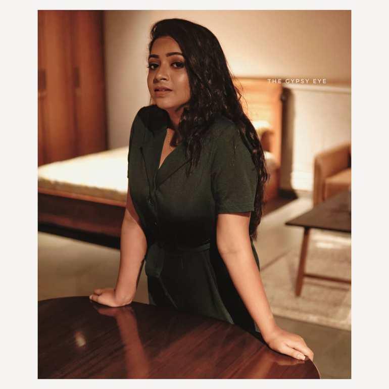 Sneha Babu Wiki, Biography, Age, Boyfriend, Movies, webseries and Beautiful Photos 14